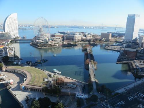ニューオータニイン横浜プレミアム1809号室からの風景_c0075701_06443365.jpg
