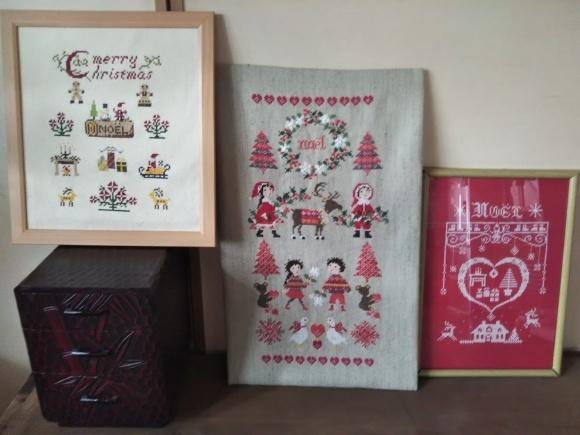 クリスマス刺繍と助六寿司_f0316507_11383330.jpg