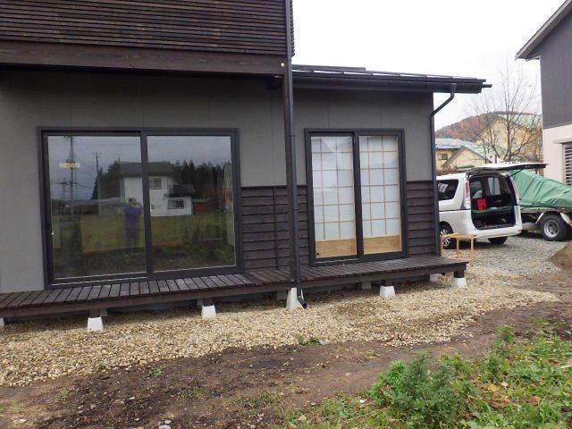 花巻の家 仕上げの作業が進行中です!_f0105112_04200685.jpg
