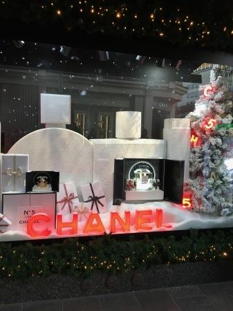 クリスマスの飾りつけ_f0123922_06485956.jpeg