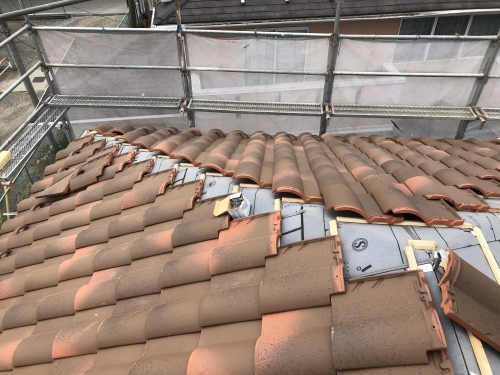 山梨市 ランダムブラウンの屋根 其の二_b0242734_21384722.jpeg