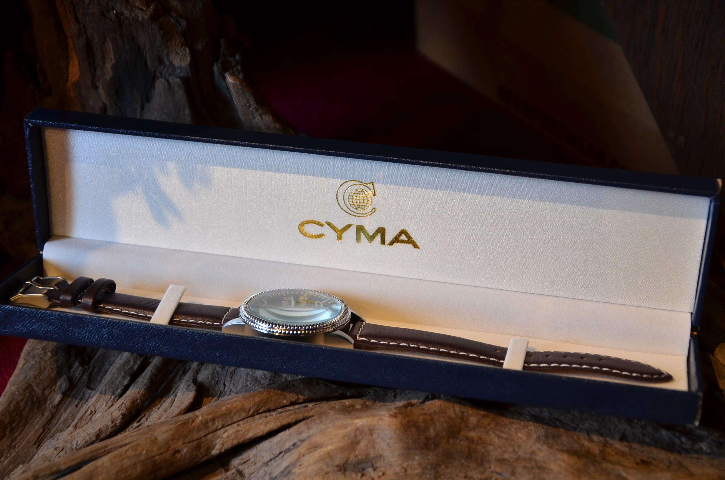 クリスマスギフトにも最適な腕時計_c0167336_15373980.jpg