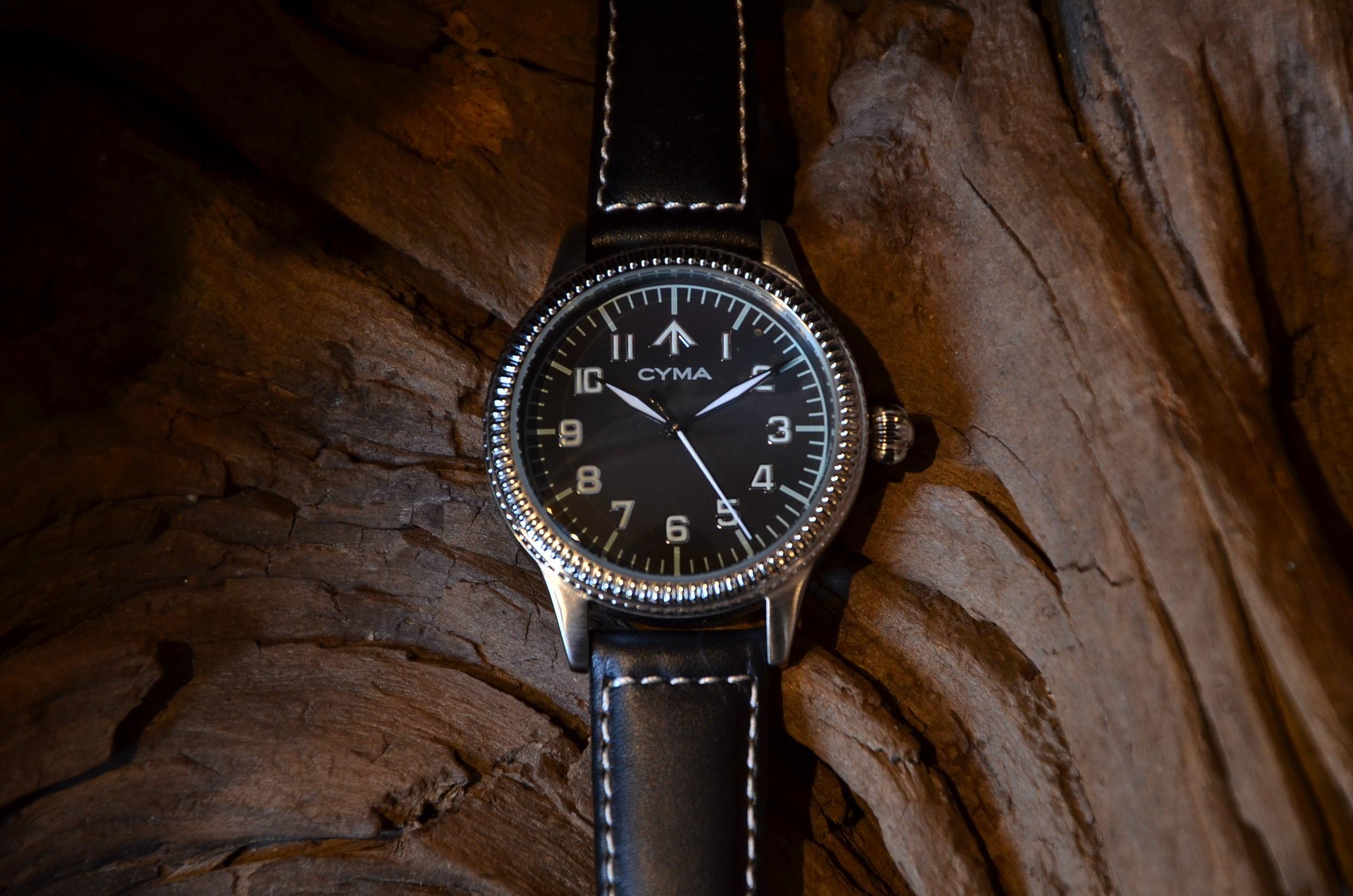 クリスマスギフトにも最適な腕時計_c0167336_15374021.jpg