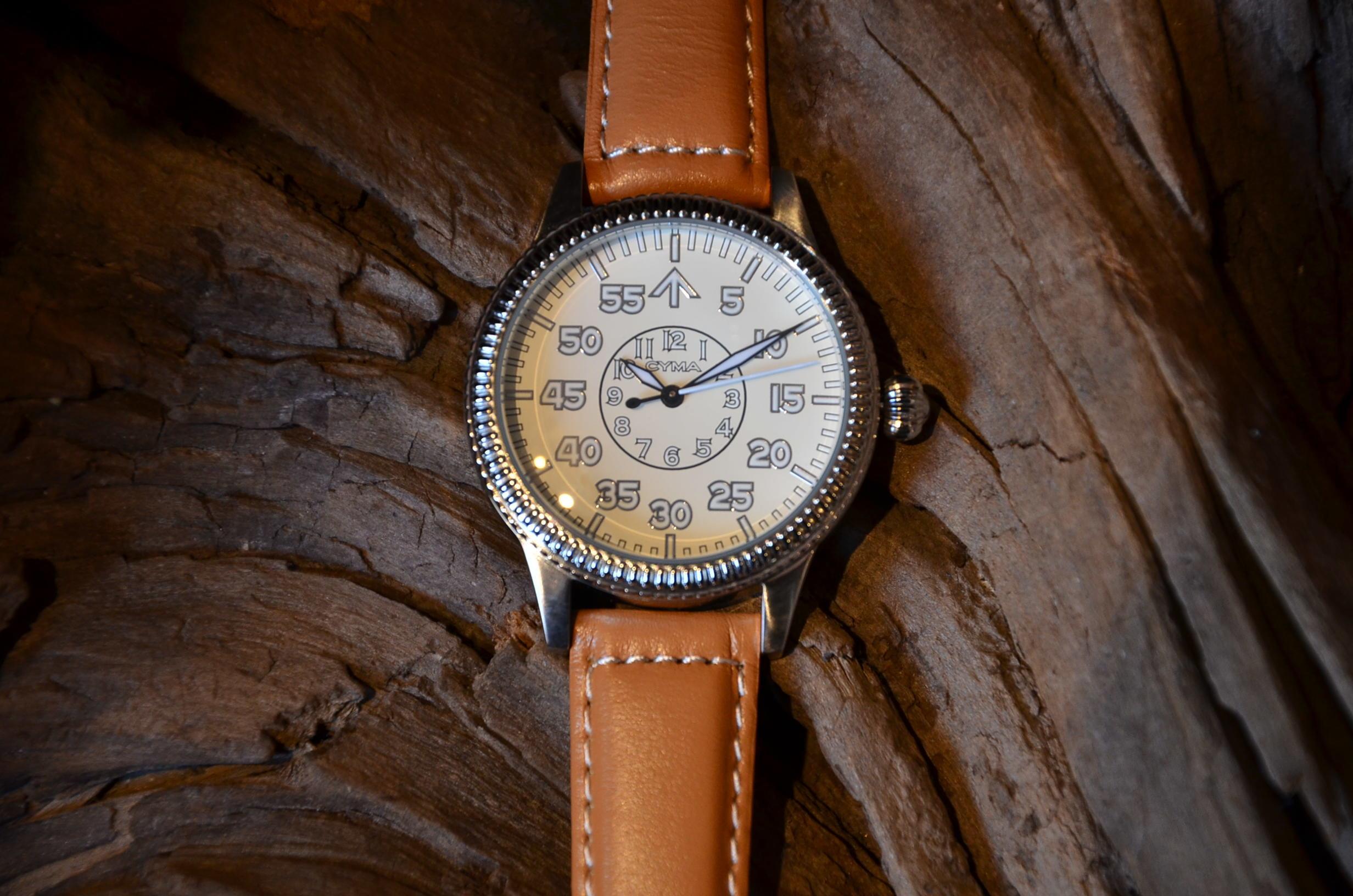 クリスマスギフトにも最適な腕時計_c0167336_15374116.jpg