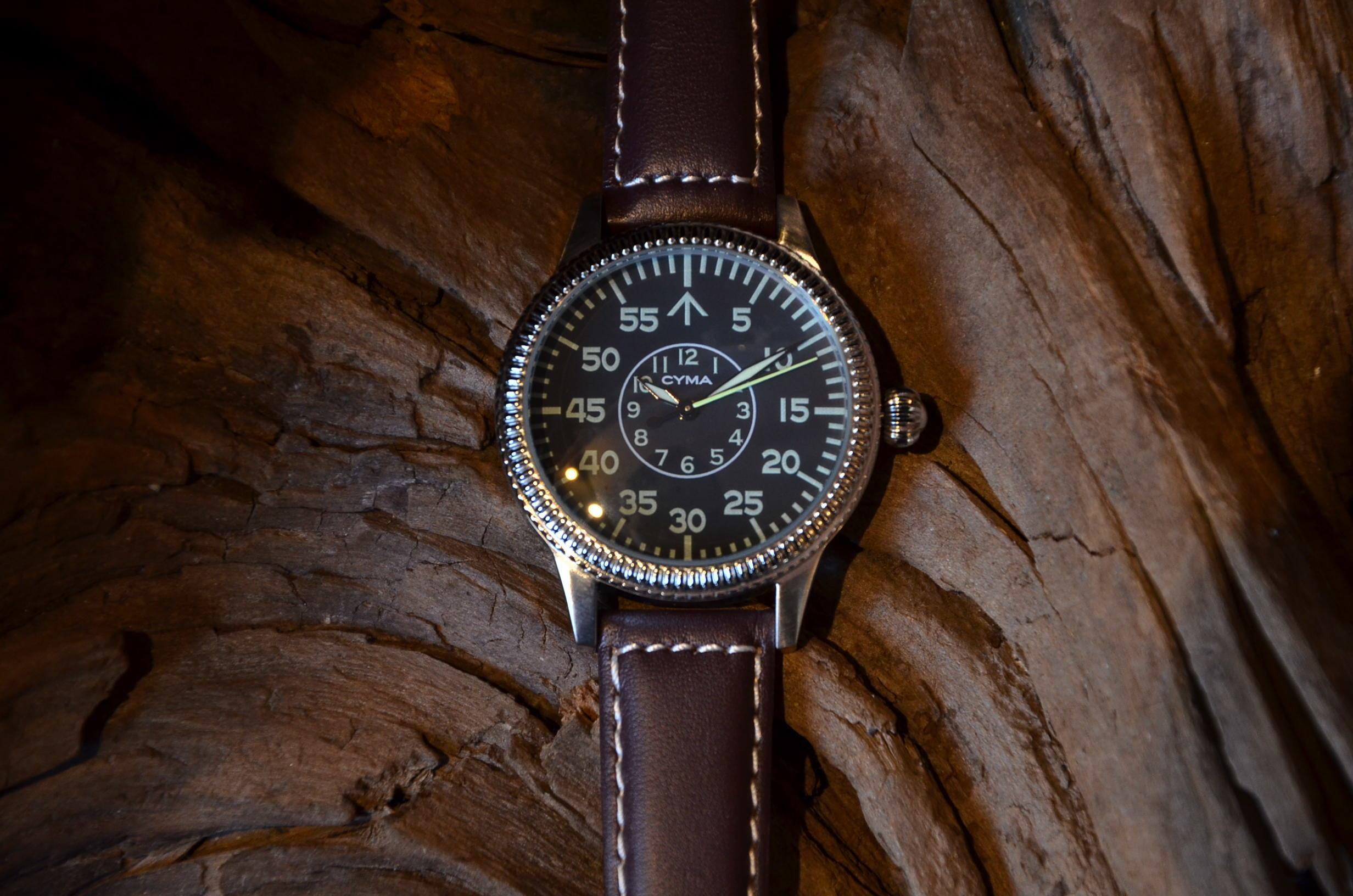 クリスマスギフトにも最適な腕時計_c0167336_15374134.jpg