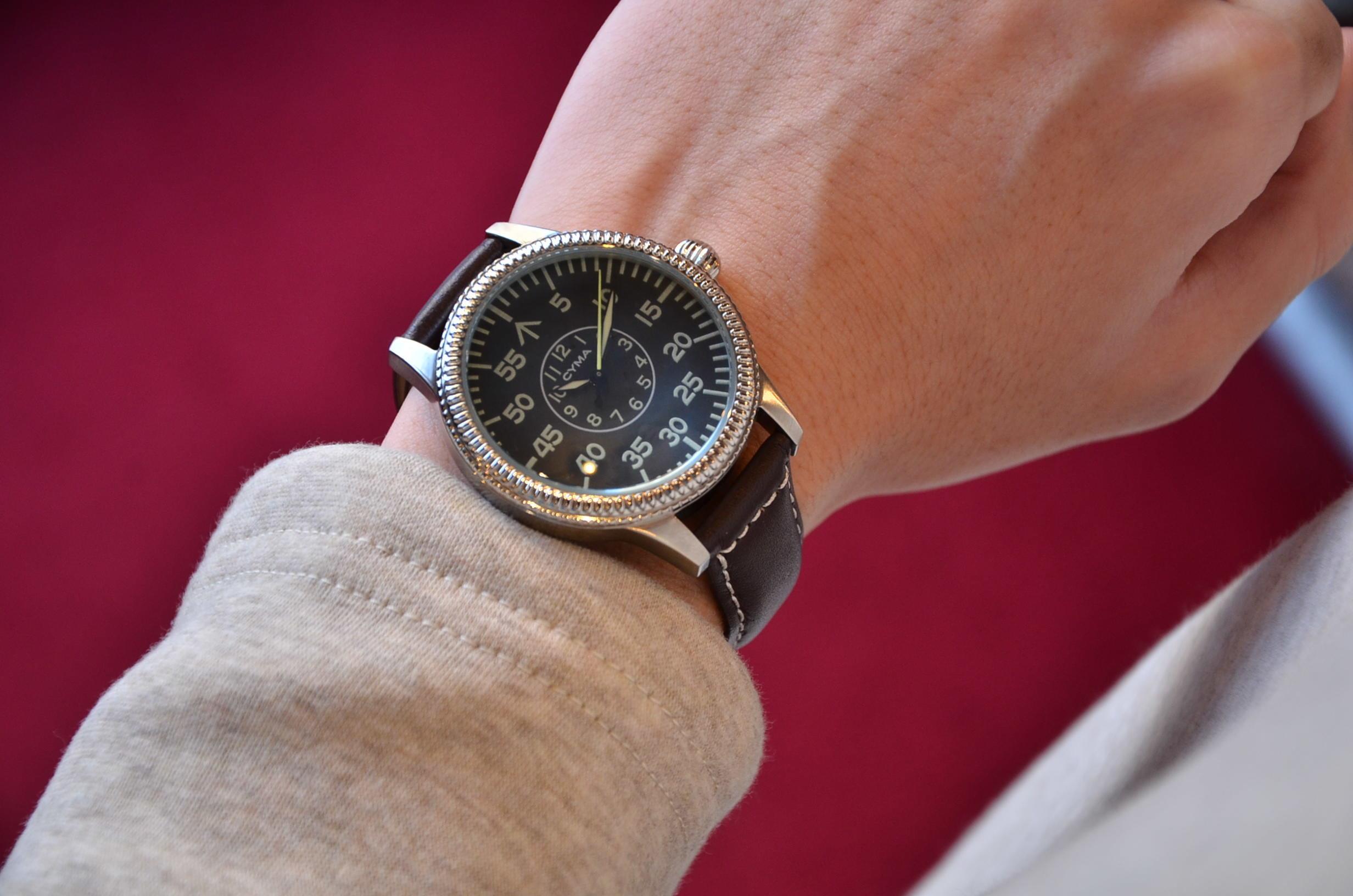 クリスマスギフトにも最適な腕時計_c0167336_15375346.jpg