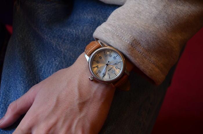 クリスマスギフトにも最適な腕時計_c0167336_15375352.jpg
