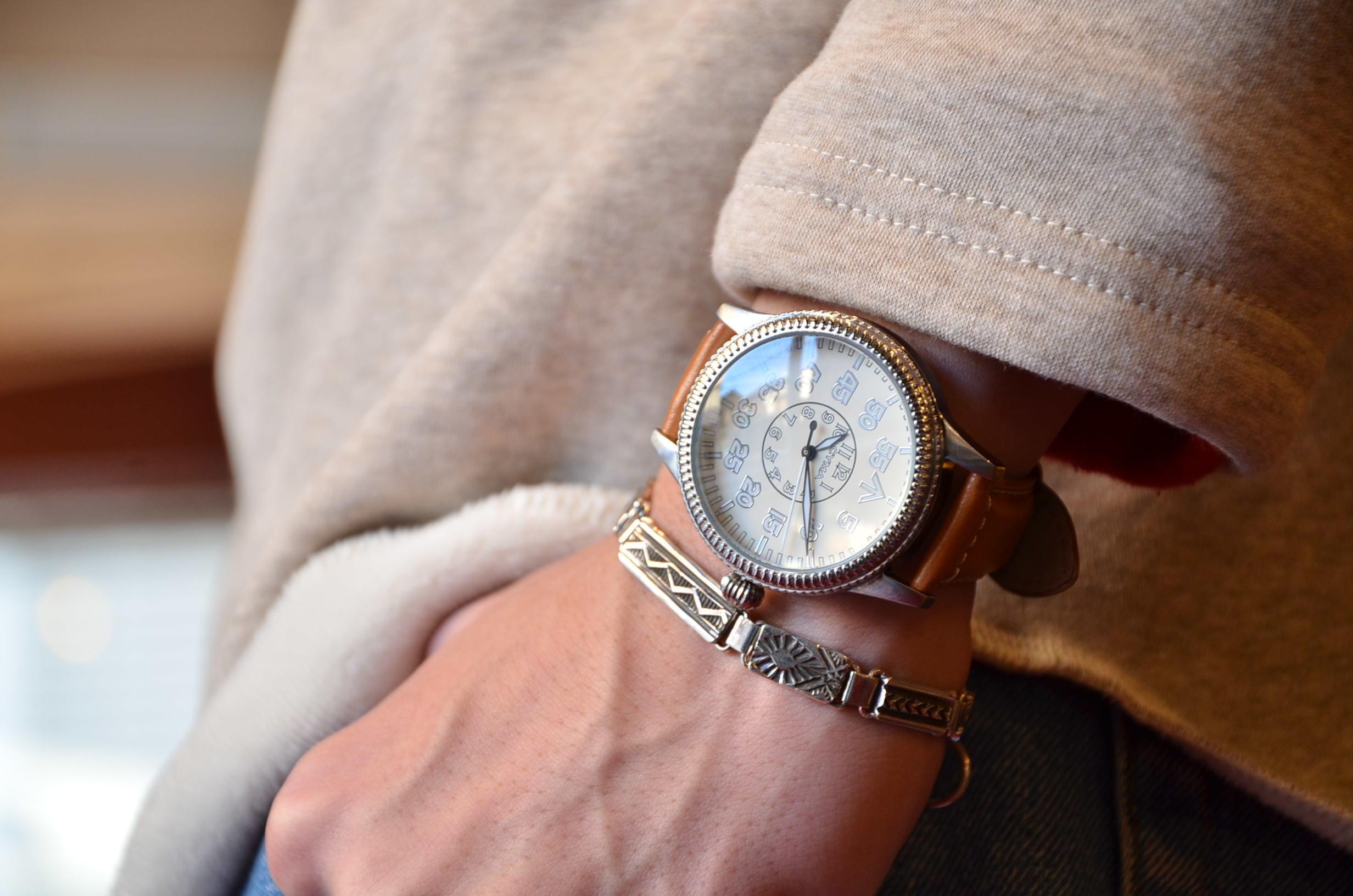 クリスマスギフトにも最適な腕時計_c0167336_15375375.jpg