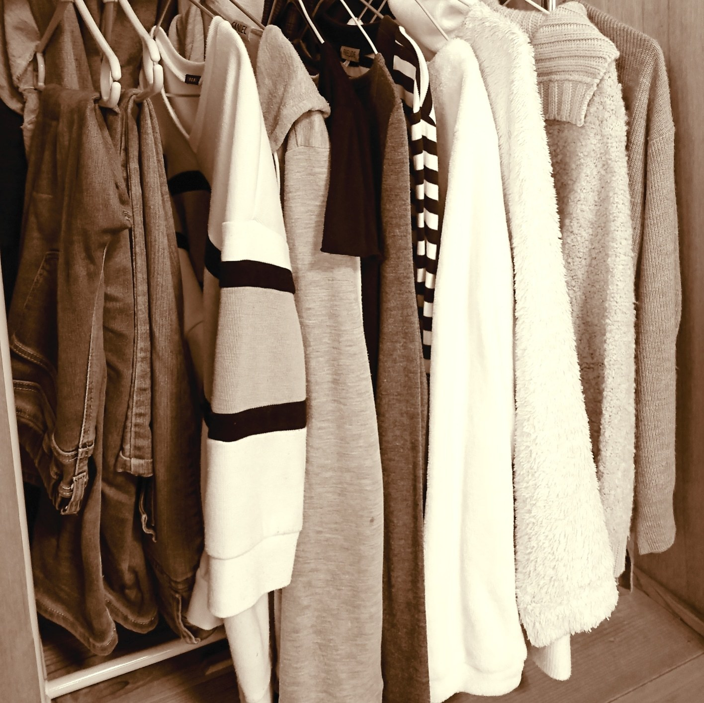 ++服の断捨離&冬服*&風水*++_e0354456_15485007.jpg