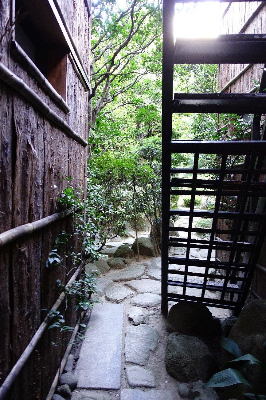 松田屋ホテル庭園(その1)_c0112559_08170872.jpg