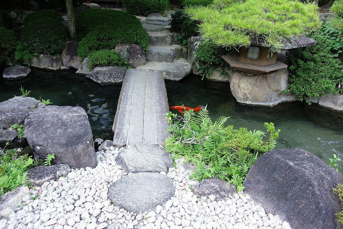 松田屋ホテル庭園(その1)_c0112559_08244770.jpg
