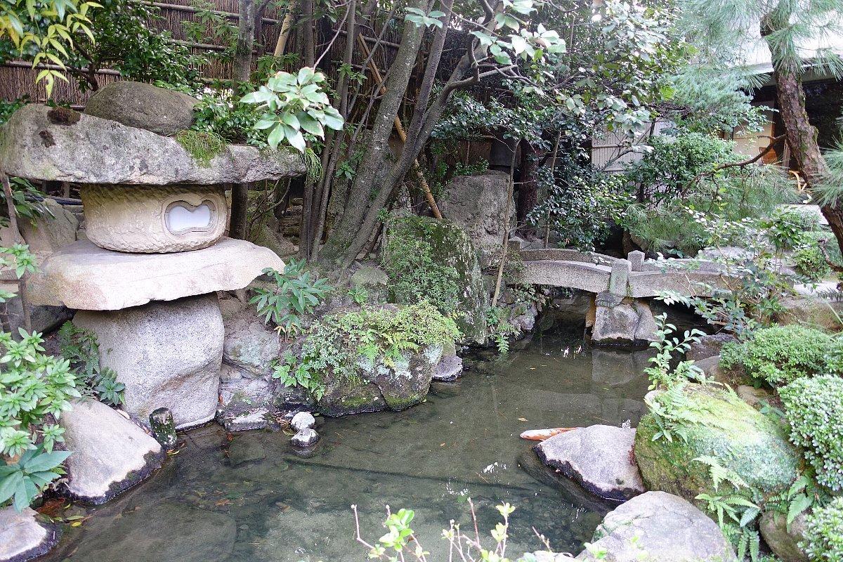 松田屋ホテル庭園(その1)_c0112559_08254071.jpg
