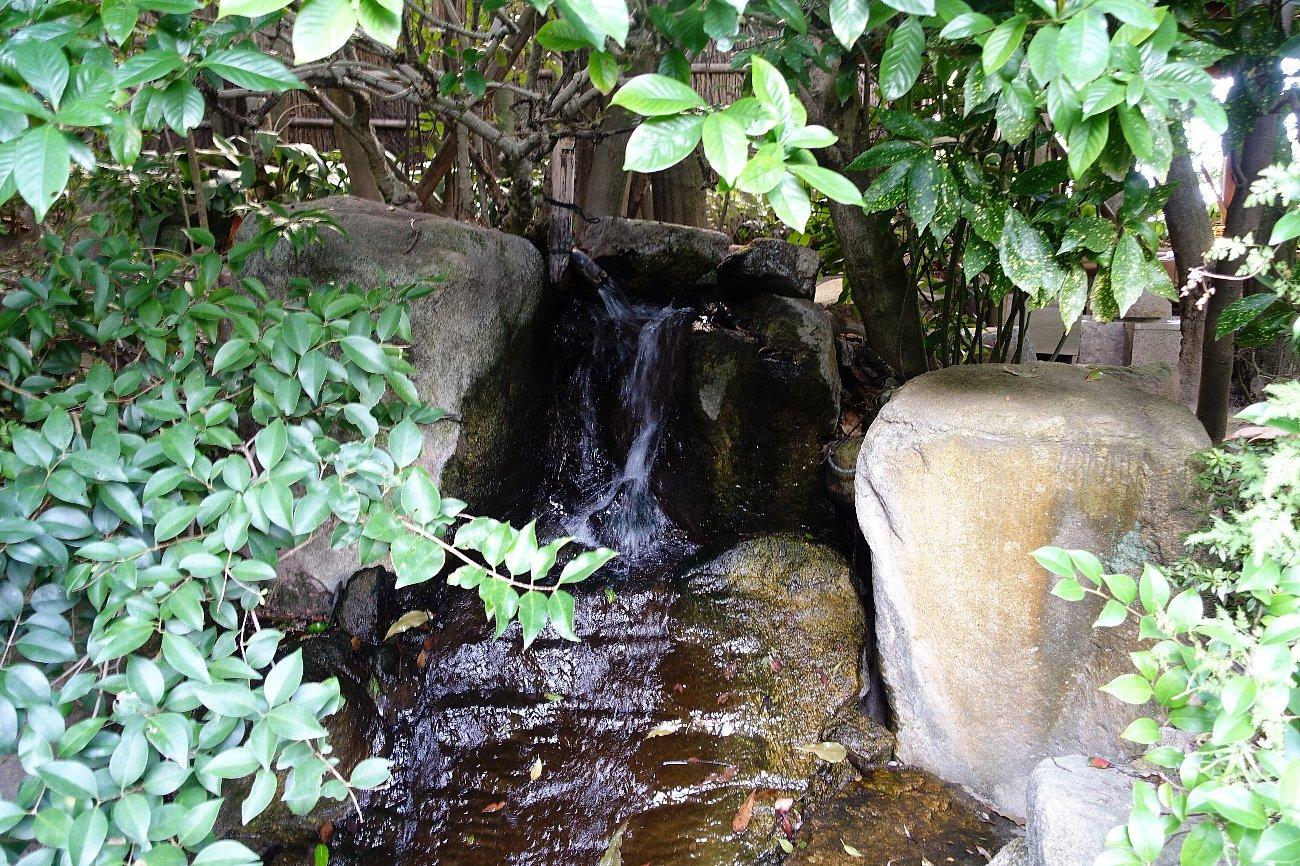 松田屋ホテル庭園(その1)_c0112559_08261346.jpg