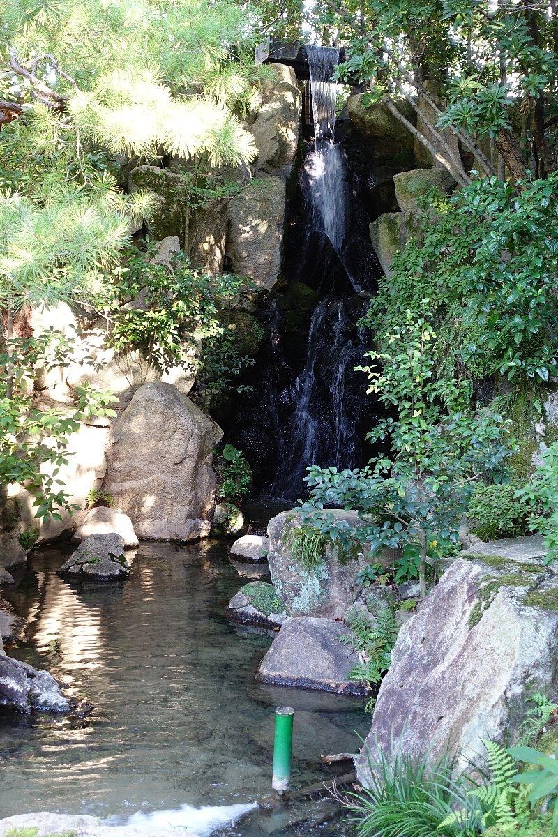 松田屋ホテル庭園(その1)_c0112559_08290397.jpg