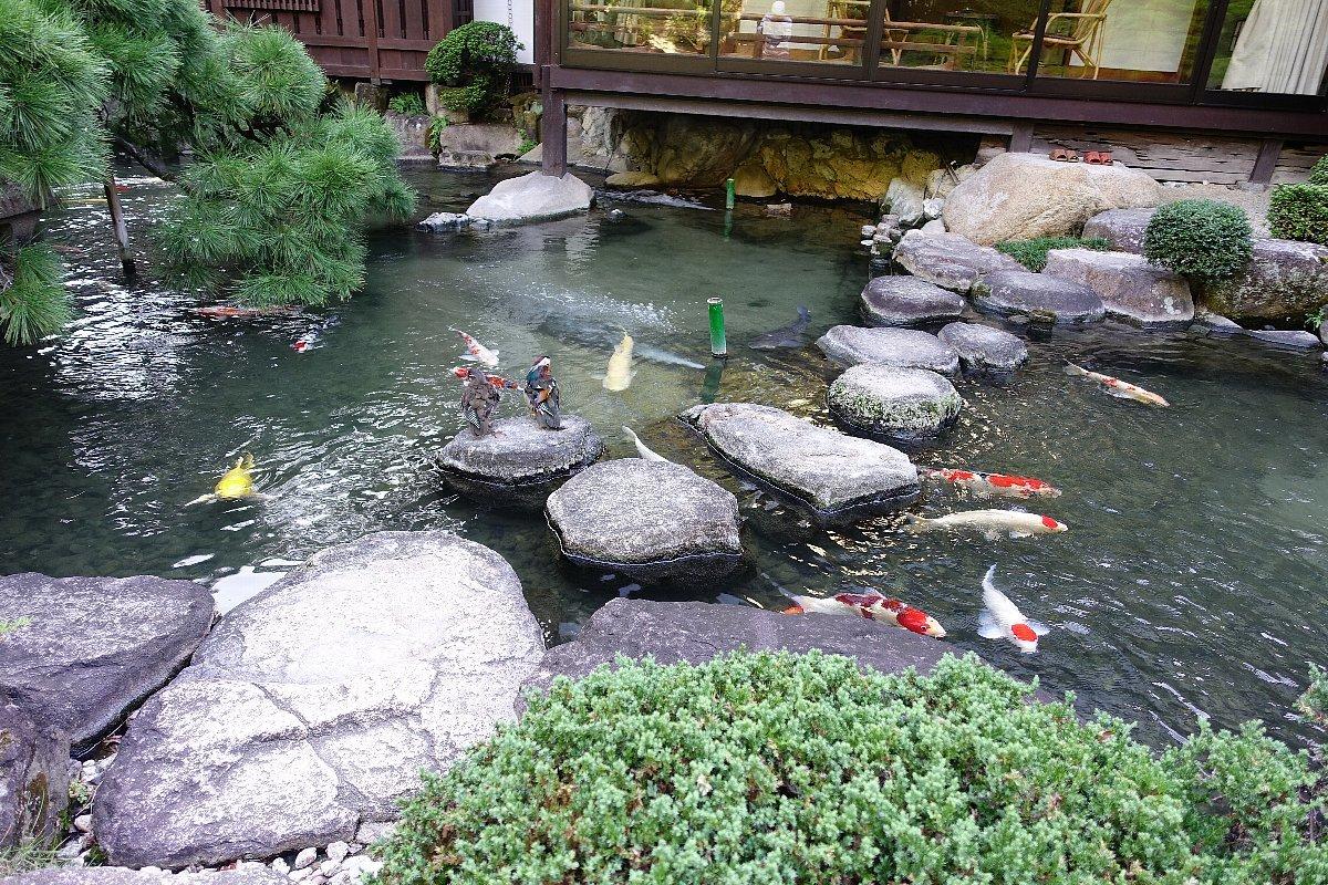 松田屋ホテル庭園(その1)_c0112559_08303648.jpg