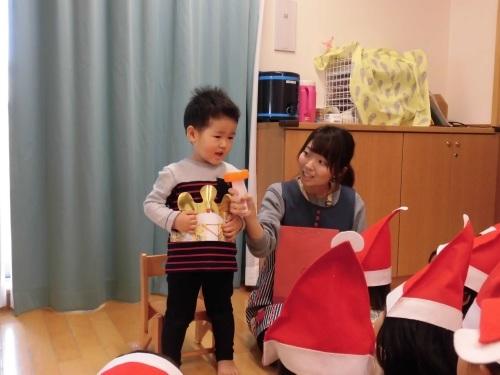 12月誕生会(1・2歳児)_c0352066_14383659.jpg