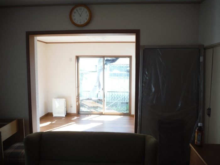 6畳間増築 ~室内完成です。_d0165368_05412588.jpg