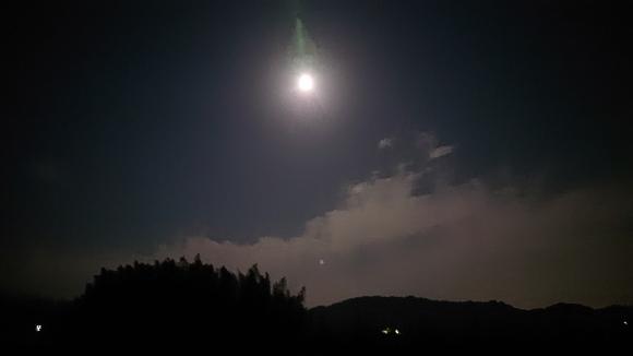 満月を迎えて、旅の振り返り***_e0290872_08484960.jpg