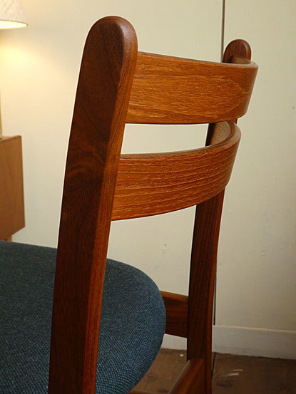 Dining chair_c0139773_16450310.jpg