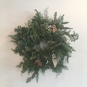 WORKSHOP Un Jour「 クリスマスの花あそび 」 開催中!_b0241386_10372803.jpg