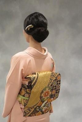 久々の日本髪 _b0209691_16185003.jpg