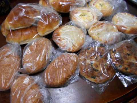 赤かぶで椿寿司&朝一番でお気に入りのパン屋へ_f0019498_08550215.jpg