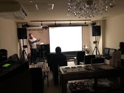 広島 Jazzlive Comin 本日12月14日土曜日の催し_b0115606_12002172.jpeg