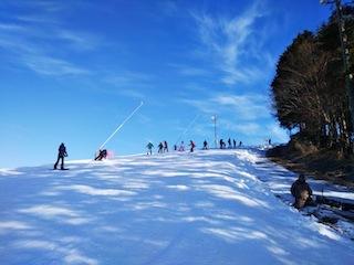 鷲ケ岳スキー場は超テクニカル!_c0359615_21402085.jpg