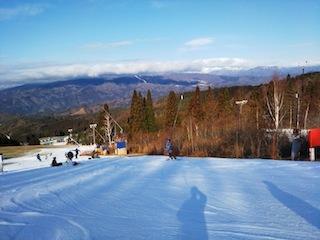 鷲ケ岳スキー場は超テクニカル!_c0359615_21403596.jpg