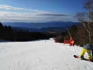 鷲ケ岳スキー場は超テクニカル!_c0359615_21410700.jpg