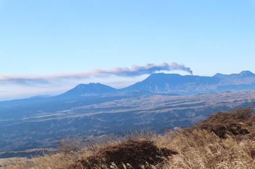 稲星山&中岳&久住山!_e0272335_5104472.jpg
