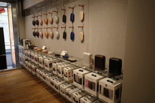 「バング&オルフセン 銀座店」に行き、視聴してきました_e0080345_20571315.jpg