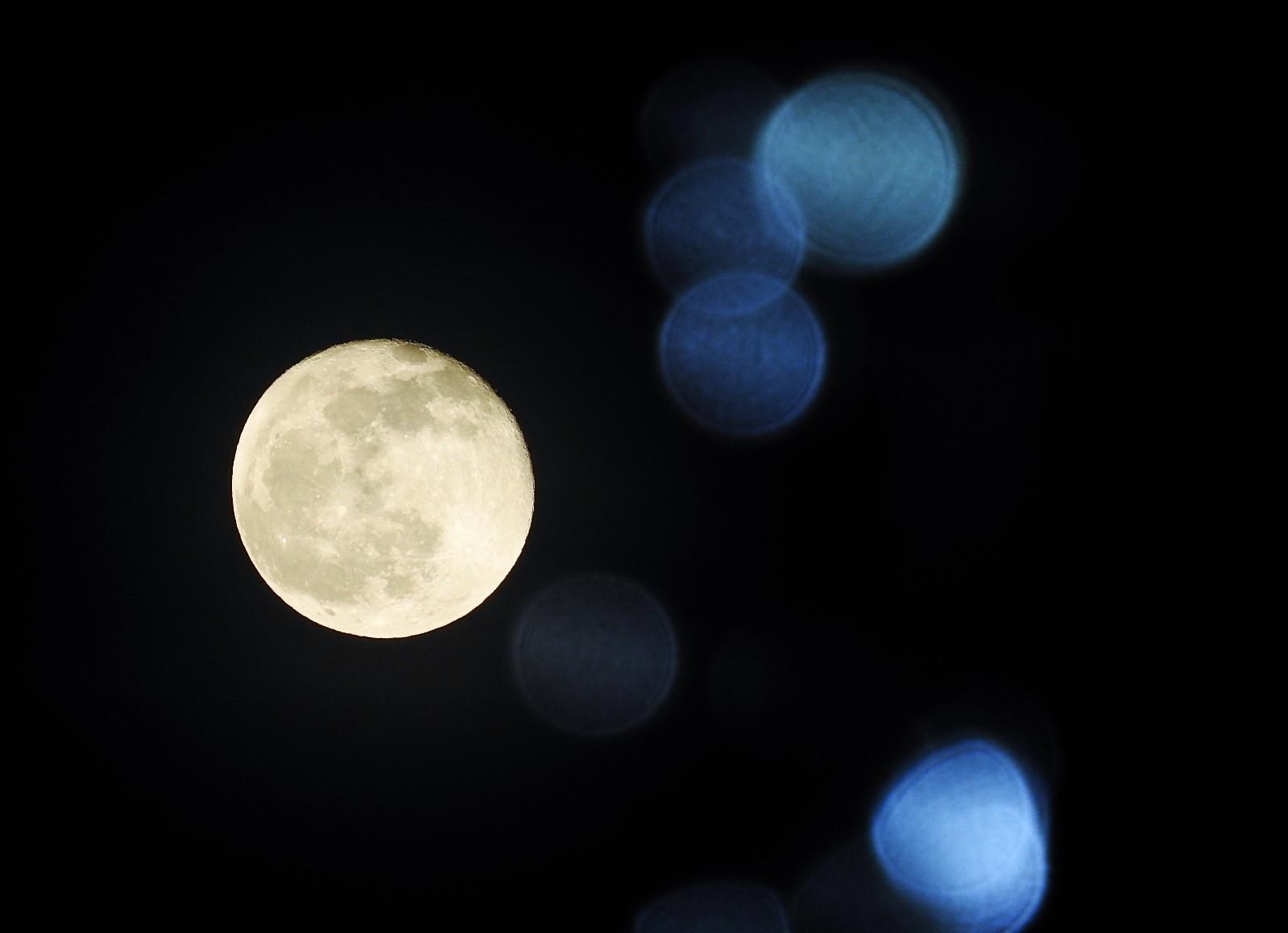 月と星_e0406450_21053878.jpg