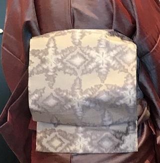 11周年・タイシルクの着物にまいづる雪の結晶帯のお客様。_f0181251_17573921.jpg