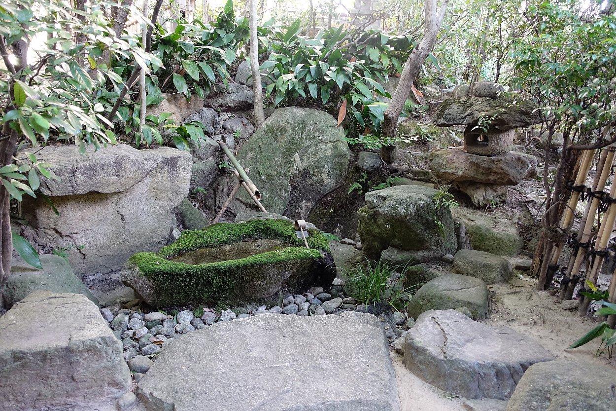 松田屋ホテル庭園(その2)_c0112559_08350245.jpg