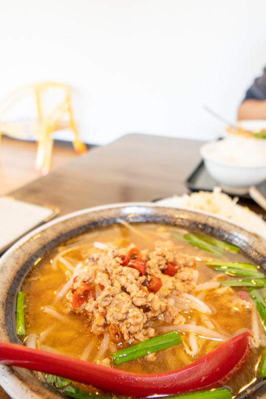 台湾料理 吉源の青椒肉絲定食が、食べきれず・・・(>_<)_a0077663_13271637.jpg