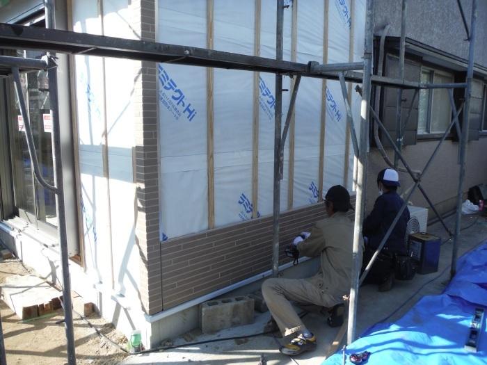 6畳間増築 ~ 外壁工事 。_d0165368_02324909.jpg