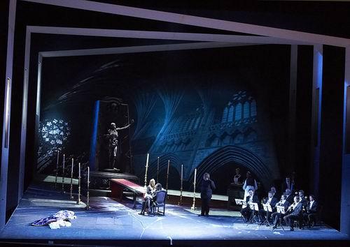 ウィーン国立歌劇場 「トスカ」と「ドン・ジョヴァンニ」の公演から_a0280569_1375718.jpg