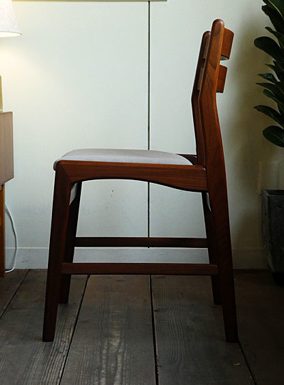 Dining chair_c0139773_18032965.jpg