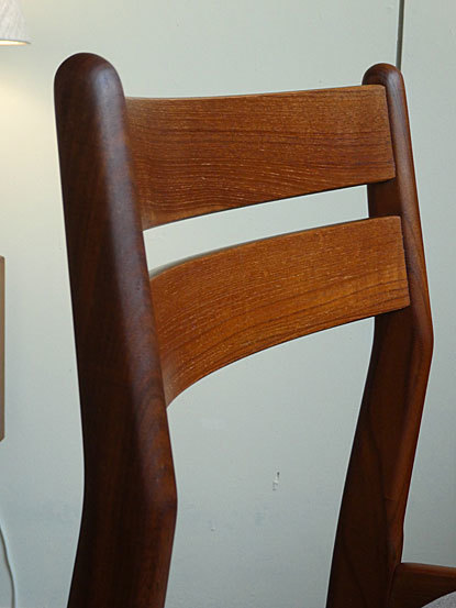 Dining chair_c0139773_18072062.jpg