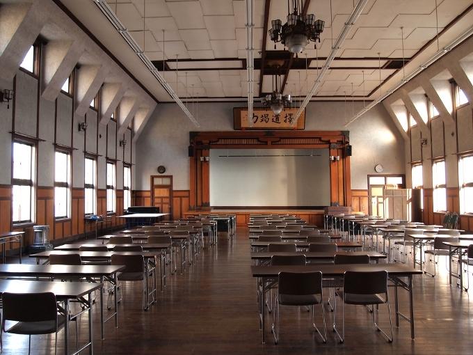 愛媛県教育会館_f0116479_11223516.jpg