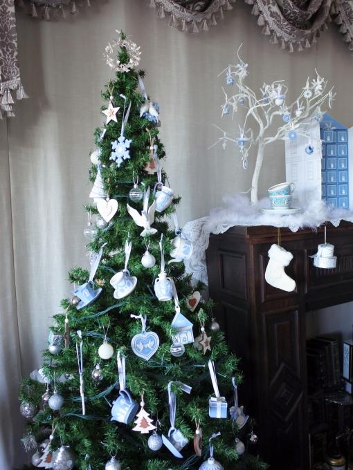 ウエッジウッド ジャスパー クリスマス☆_c0188784_22502774.jpg
