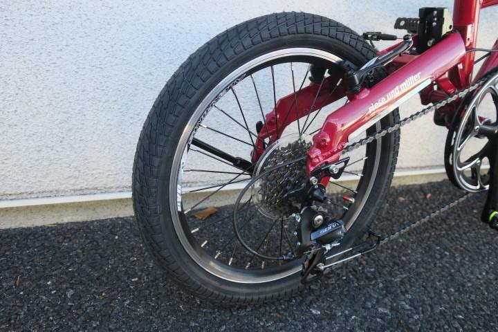 バーディー用太いタイヤをBD-1に取り付けました_c0132901_18350454.jpg