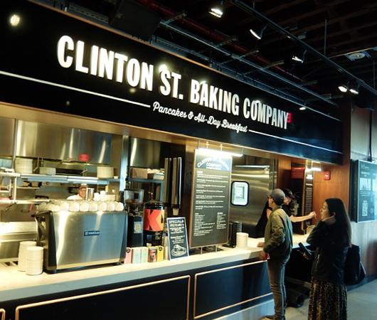 タイムアウト・マーケット内のクリントン・ストリート・ベイキング・カンパニー(Clinton St. Baking Company)_b0007805_10052293.jpg