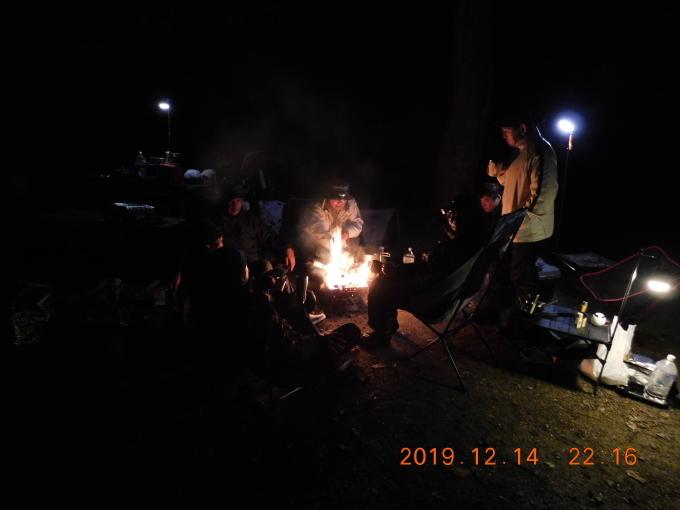 暖かかった忘年キャンプ_f0061705_18541215.jpg