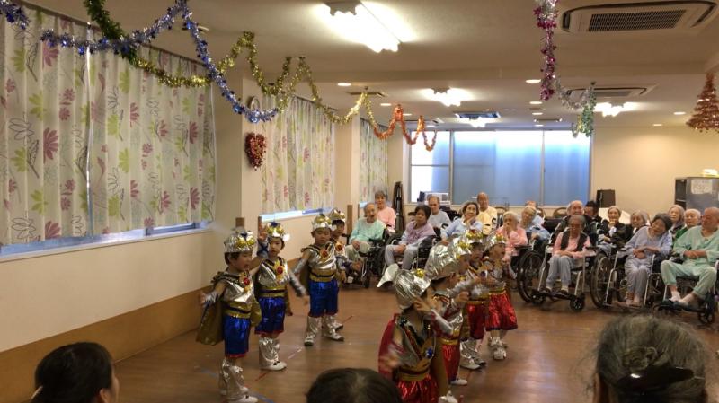 介護老人施設を訪問しました。_e0412431_08390371.jpg