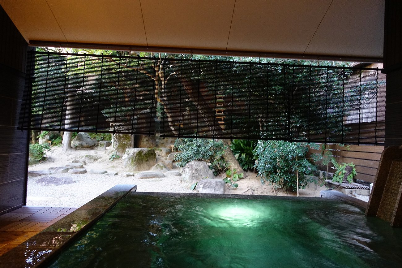 松田屋ホテル 旧瓦屋庭園_c0112559_07152862.jpg