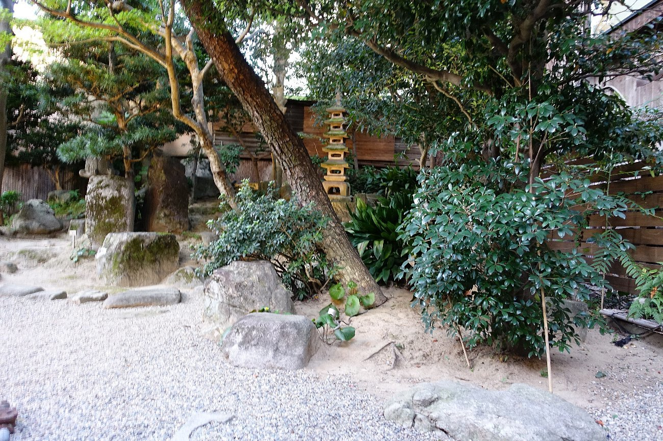 松田屋ホテル 旧瓦屋庭園_c0112559_07154633.jpg