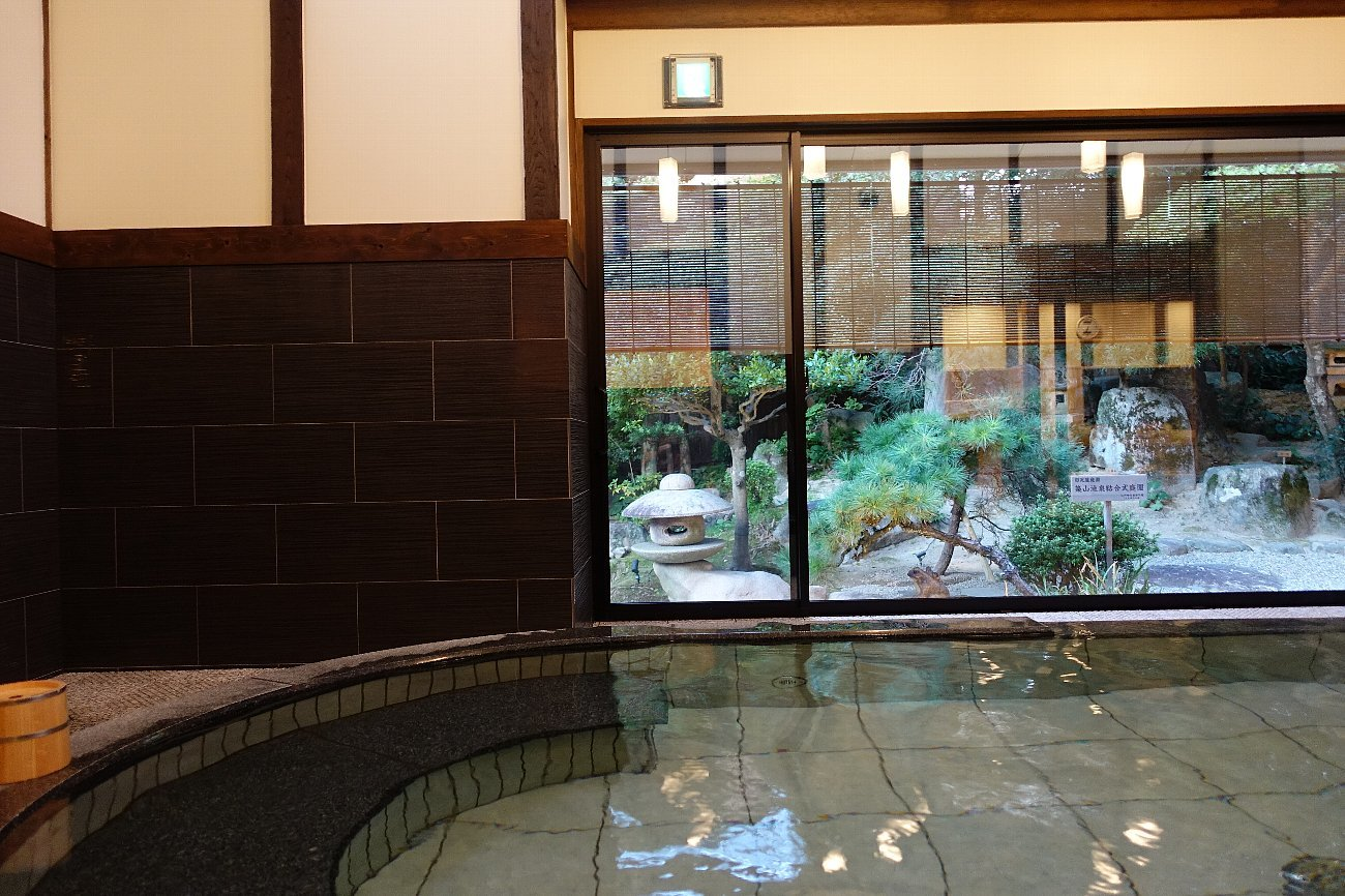 松田屋ホテル 旧瓦屋庭園_c0112559_07163937.jpg