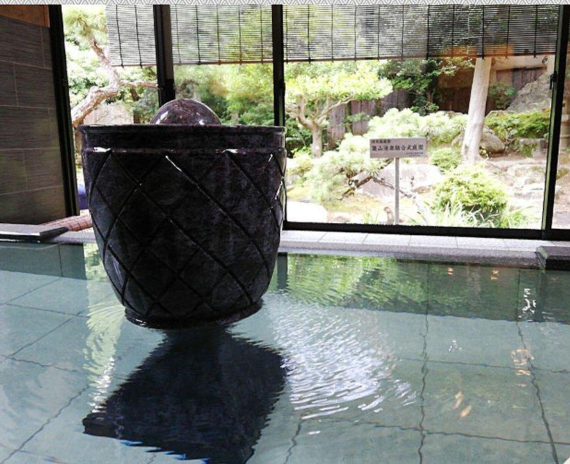 松田屋ホテル 旧瓦屋庭園_c0112559_07183471.jpg